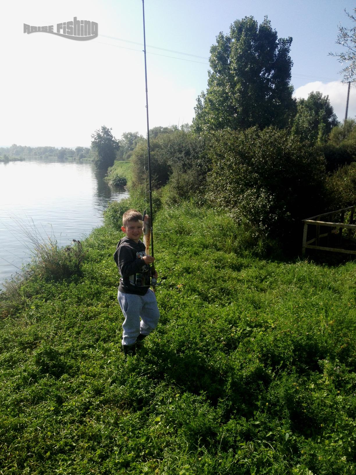 La pêche sur lombre enisej krasnoyarsk